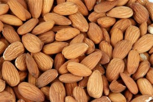 400-04008545 © danabeth555 Model Release: No Property Release: No closeup of pile of almonds showing no part of background