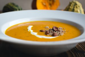foodiesfeed-com__pumpkin-soup3